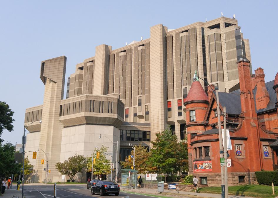 Robarts Library at University of Toronto